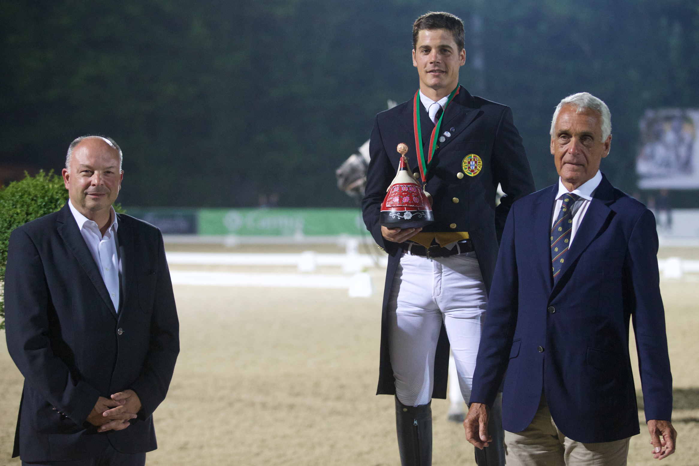 Bariloche & Vasco vice-champions of dressage